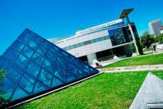 Lyon-CLB-pyramide
